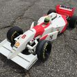 92cbfcce7282a8b6715adcba0a0a5193_preview_featured.jpg Download free STL file RS-01 Ayrton Senna's 1993 McLaren MP4/8 Formula 1 RC Car • 3D printing object, brett