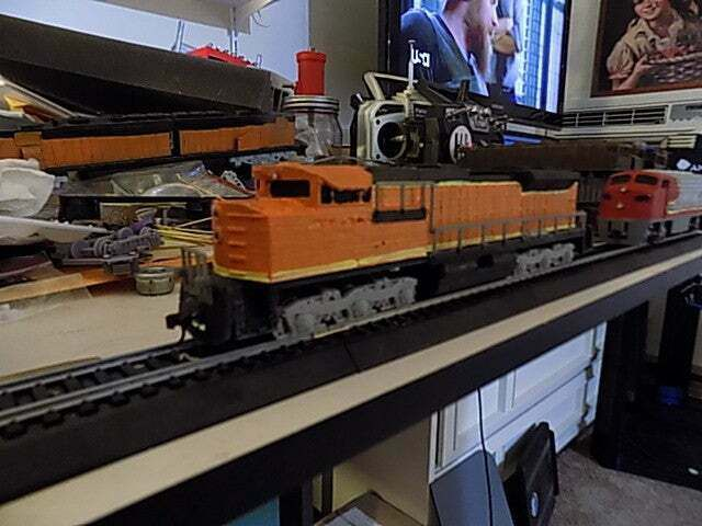 DSCN0107.JPG Download free STL file Ho SD70Ace powered or non powered train Engine • 3D printing design, ajory