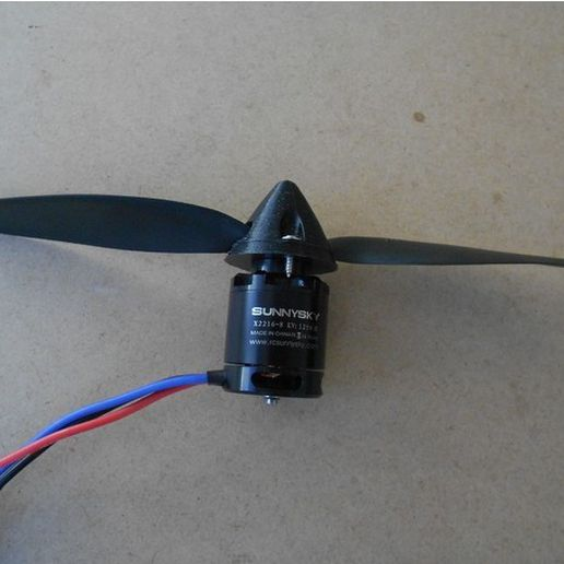 0bffb95d88abb988e4219784b069ed03_preview_featured.jpg Download free STL file RC airplane spinner • Model to 3D print, Eclipson