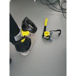 a3d484350ee72f0ea202478741765135_preview_featured.jpg Download free OBJ file Oculus touch leg support • 3D print object, imajon