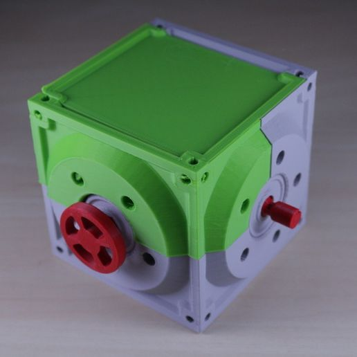 29d73a27cc3a73f94802684d0c200546_display_large.JPG Download free STL file Industrial Bevel Gearbox / Gear Reducer (Cutaway version) • 3D printable object, LarsRb