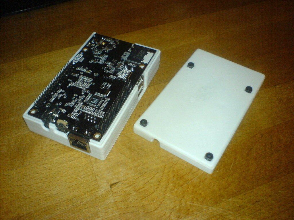 DSC01130.jpg Download free SCAD file Universal Case Generator with Example Case for Cubieboard • 3D print object, Urgnarb