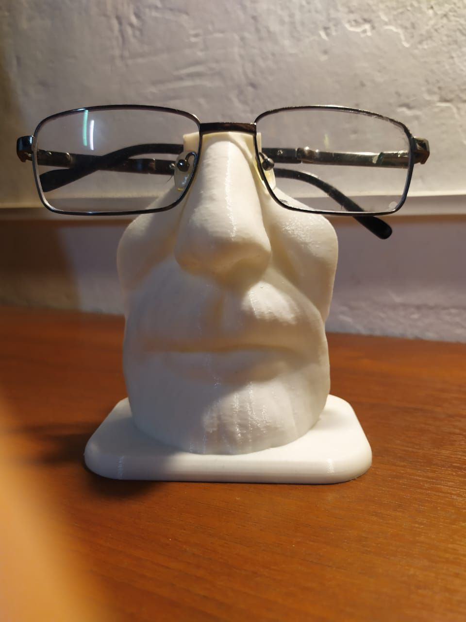 WhatsApp-Image-2021-07-26-at-10.32.23-(2).jpeg Download STL file Walter white Glasses Holder • Object to 3D print, pablopersico