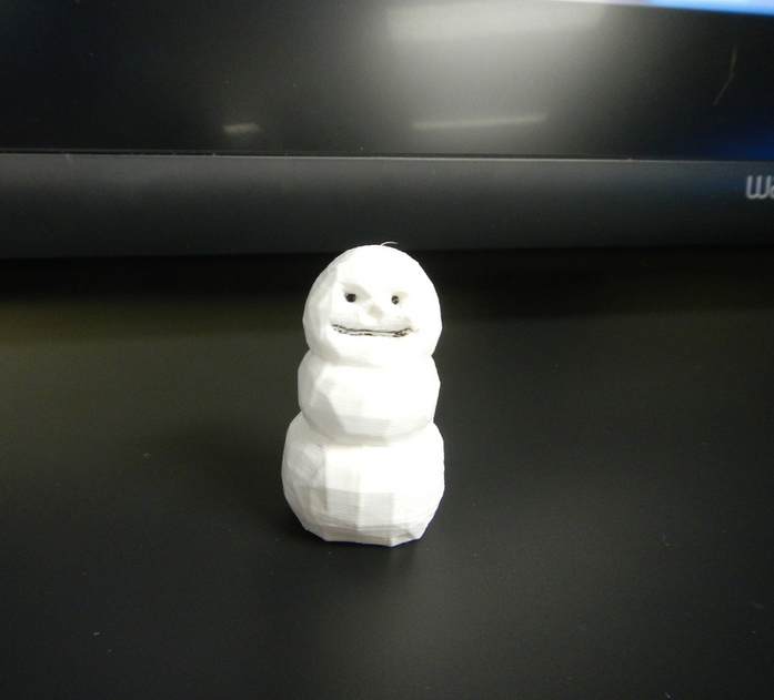 Capture_d__cran_2014-12-10___12.06.21.png Download free STL file Low poly organic snowman • 3D printing template, yourwildworld