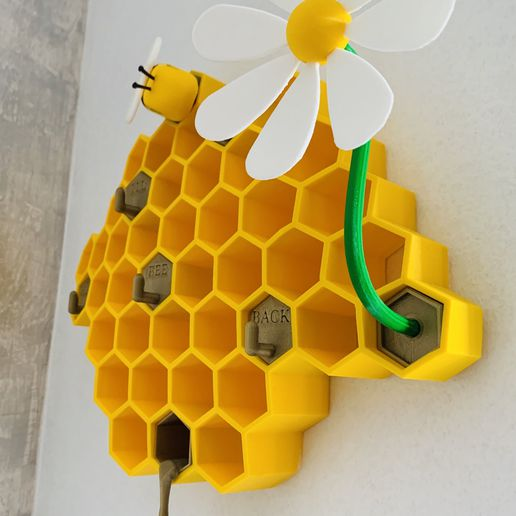 IMG_5840.jpg Download STL file Bee Keys holder • 3D printing model, Doudimpression3D