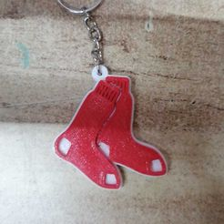 WhatsApp Image 2019-12-30 at 5.02.23 PM.jpeg Download free STL file Boston Red Sox keychain • Template to 3D print, Canek