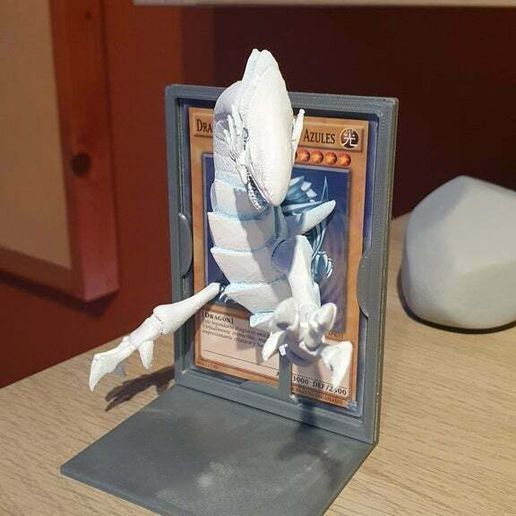 20201027_185358.jpg Download free STL file Blue-Eyes White Dragon with stand • 3D printing object, Syndael