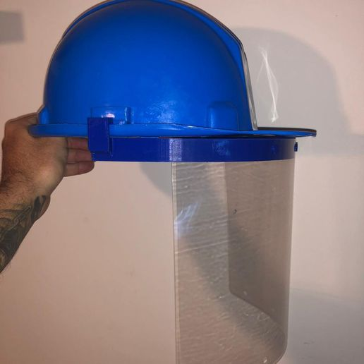 WhatsApp Image 2020-06-05 at 11.16.04 AM.jpeg Download STL file face shield adaptor security helmet • 3D printable model, wernerfrass