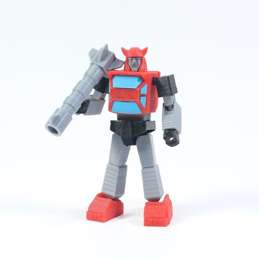 Cilff_1X1_1.jpg Download free STL file Articulated G1 Transformers Cliffjumper - No Support • 3D printable object, Toymakr3D