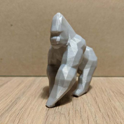 LowPolyGorilla-left.jpg Download STL file Low Poly African Animal Collection • 3D printer object, 3DSanctuary