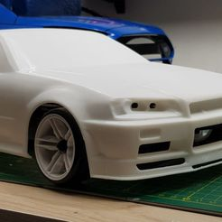 photo_2021-04-18_04-17-43.jpg Download STL file Nissan skyline R34 10th scale 257mm Wb • 3D printing model, ScaleAddiction