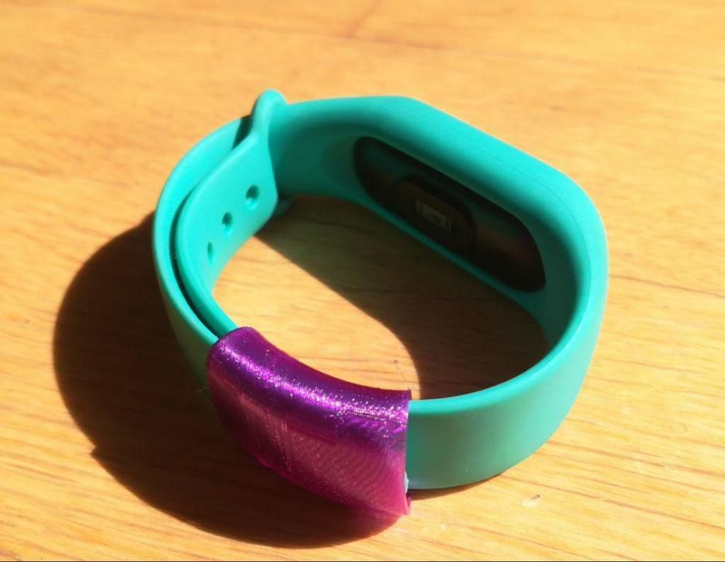 photo_2019-03-09_14-17-19.jpg Download free STL file Xiaomi My Band belt ring • 3D printing object, RoberPerez