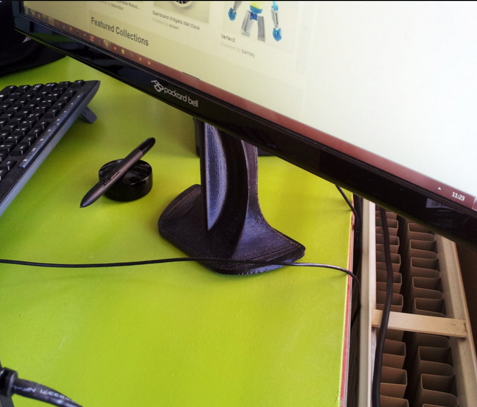 Capture_d_e_cran_2015-12-16_a__18.57.16.png Download free STL file Computer Monitor Stand • Design to 3D print, macouno