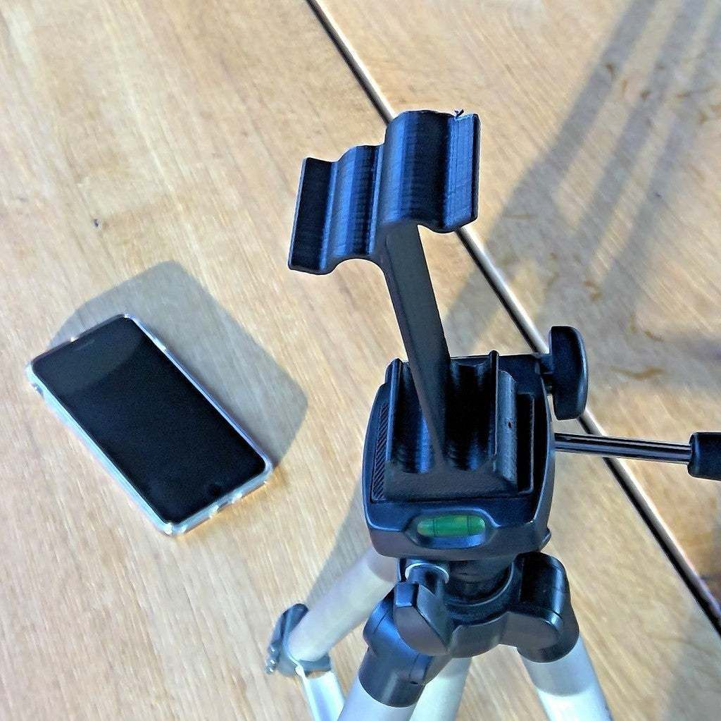 WIN_20180105_15_01_10_Pro.jpg Download free STL file iPhone 6/7/8Plus and X Tripod Mount • 3D printing model, flyinggorilla