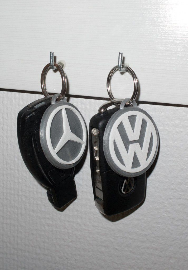 426111d9b08b877c596a596988771c02_display_large.jpg Download free STL file Mercedes Benz and Volkswagen keychain • 3D printer template, Jakwit