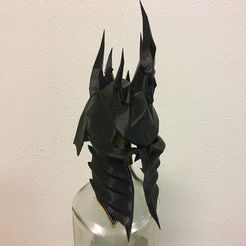 zz4.jpg Download OBJ file The Lich King Helmet • Design to 3D print, Talaminator