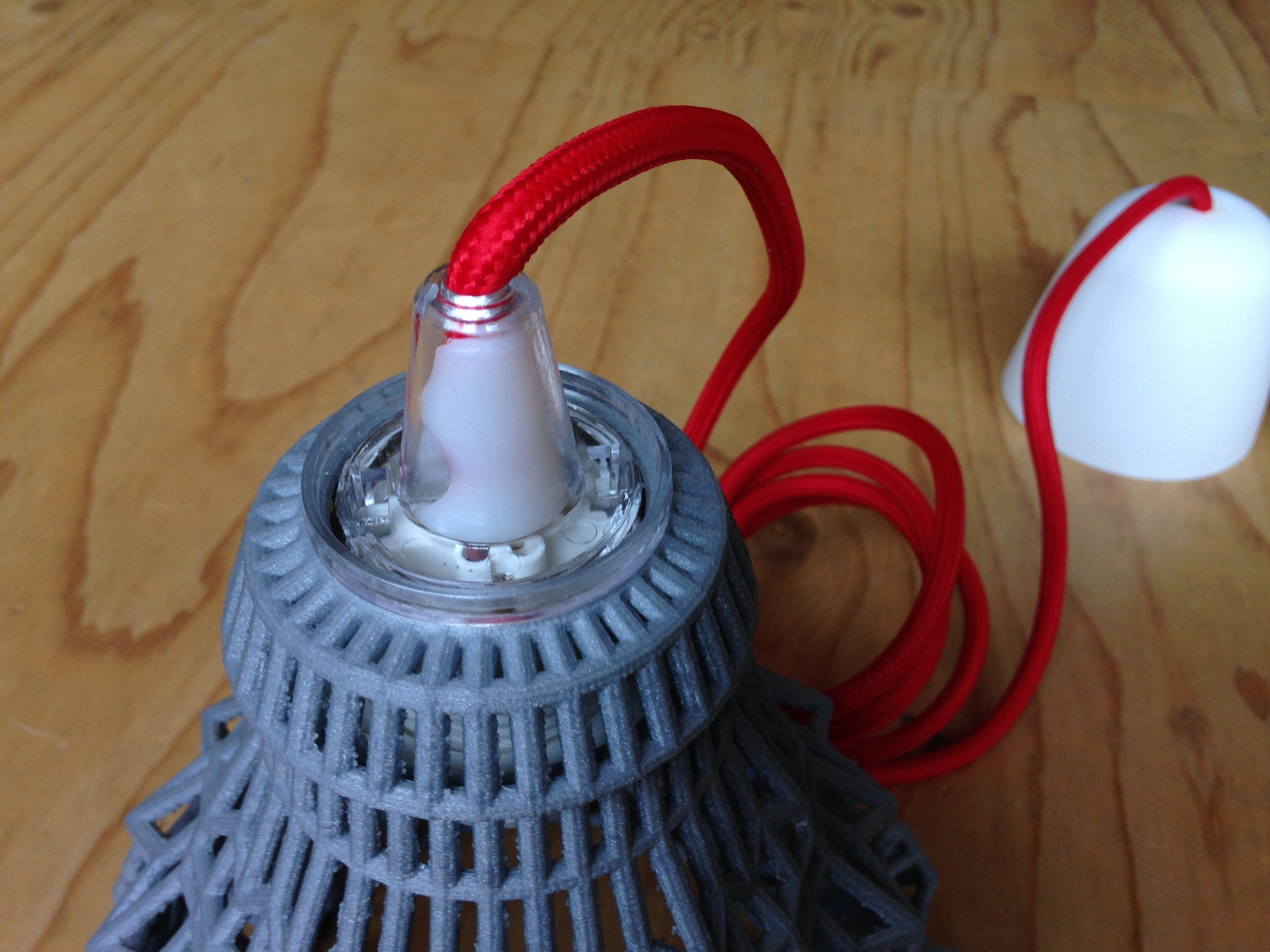 SEKOND_RED.JPG Download free STL file Wire lamp 02 • Model to 3D print, robs_3D