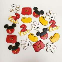 WhatsApp-Image-2021-03-30-at-8.04.05-PM.jpeg Download STL file Mickey Mouse Cookie Cutters Kit • 3D printer template, Bren_SA
