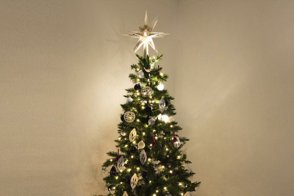 TREE_cropped_display_large.jpg Download free STL file Confetti-Filled Tree Topper • 3D printer template, alterboy987