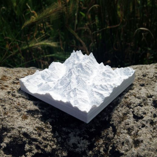 Photo_24-06-2016_14_30_16.jpg Download free STL file Topographic map of Mont Blanc • 3D printable template, Pierre