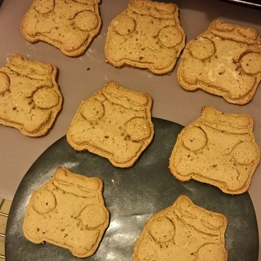 robert_grizzly04.jpg Download STL file Robert Grizzly cookie cutter • 3D printing design, melowildcat