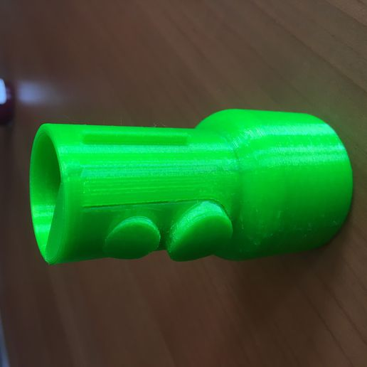 IMG_3213.JPG Download free STL file Dyson V8 adapter for older Dyson accessories • 3D printable model, MarcoZ76