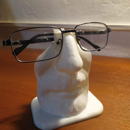 WhatsApp-Image-2021-07-26-at-10.32.22.jpeg Download STL file Walter white Glasses Holder • Object to 3D print, pablopersico