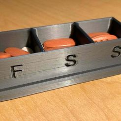 Pill_Weekly_3.jpeg Download free STL file Pill Weekly Planner • 3D printable object, mdihle